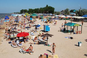 Особенности центрального пляжа в Голубицкой